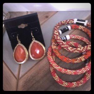 Jewelry - Beaded bracelets Orange and gold